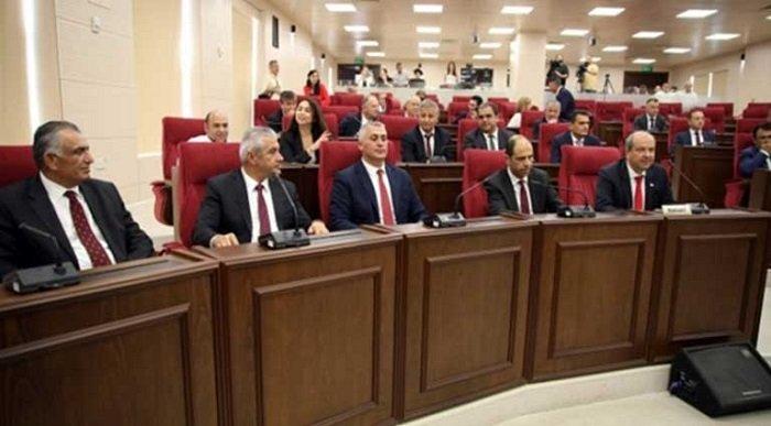 Собрание принимает новый закон о внж и визах