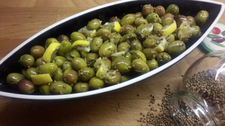 Зеленые оливки (Çakistes)