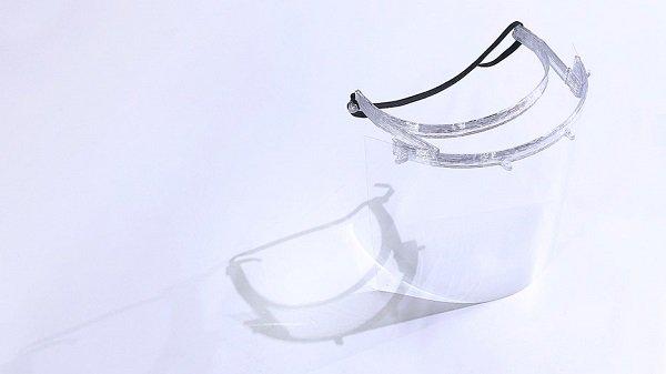 Университет ARUCAD начал производство 3D лицевых щитков