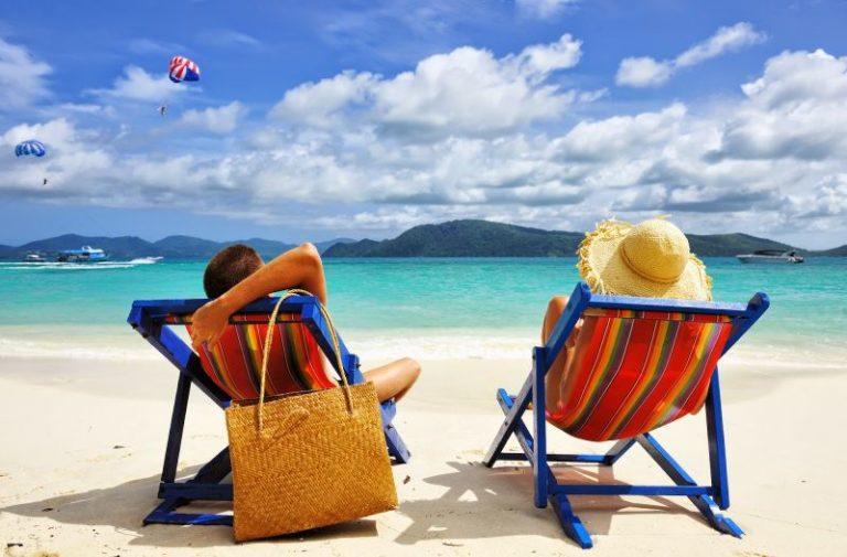 Возможно открытие некоторых рабочих мест с 10 апреля, а туризм с 1 июня