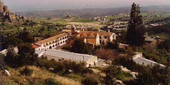 Монастырь святого Иоанна Хрисостома (Златоуста) в Кирении