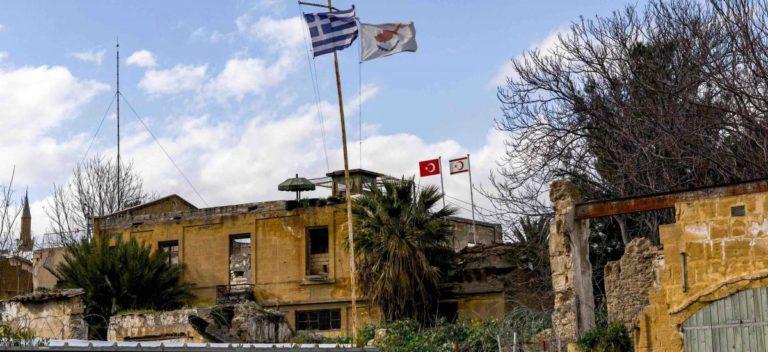 Снова наплыв беженцев с Турции на Кипр через ТРСК
