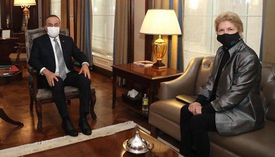 Чавушоглу: Решение на Кипре возможно с двумя государствами
