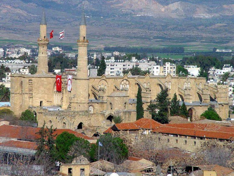 Количество заболевших Covid-19 самое высокое в Кирении и Никосии
