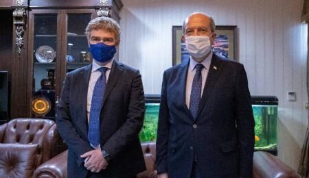 Эрсин Татар требует снятие несправедливого эмбарго с ТРСК