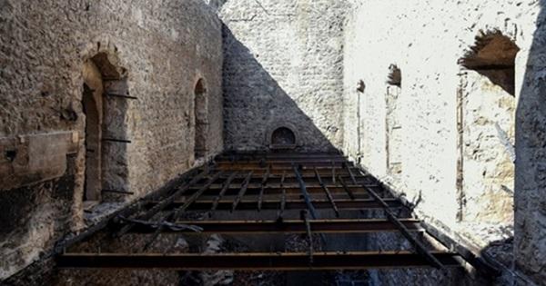 Запланирован ремонт кафетерия в замке святого Илариона